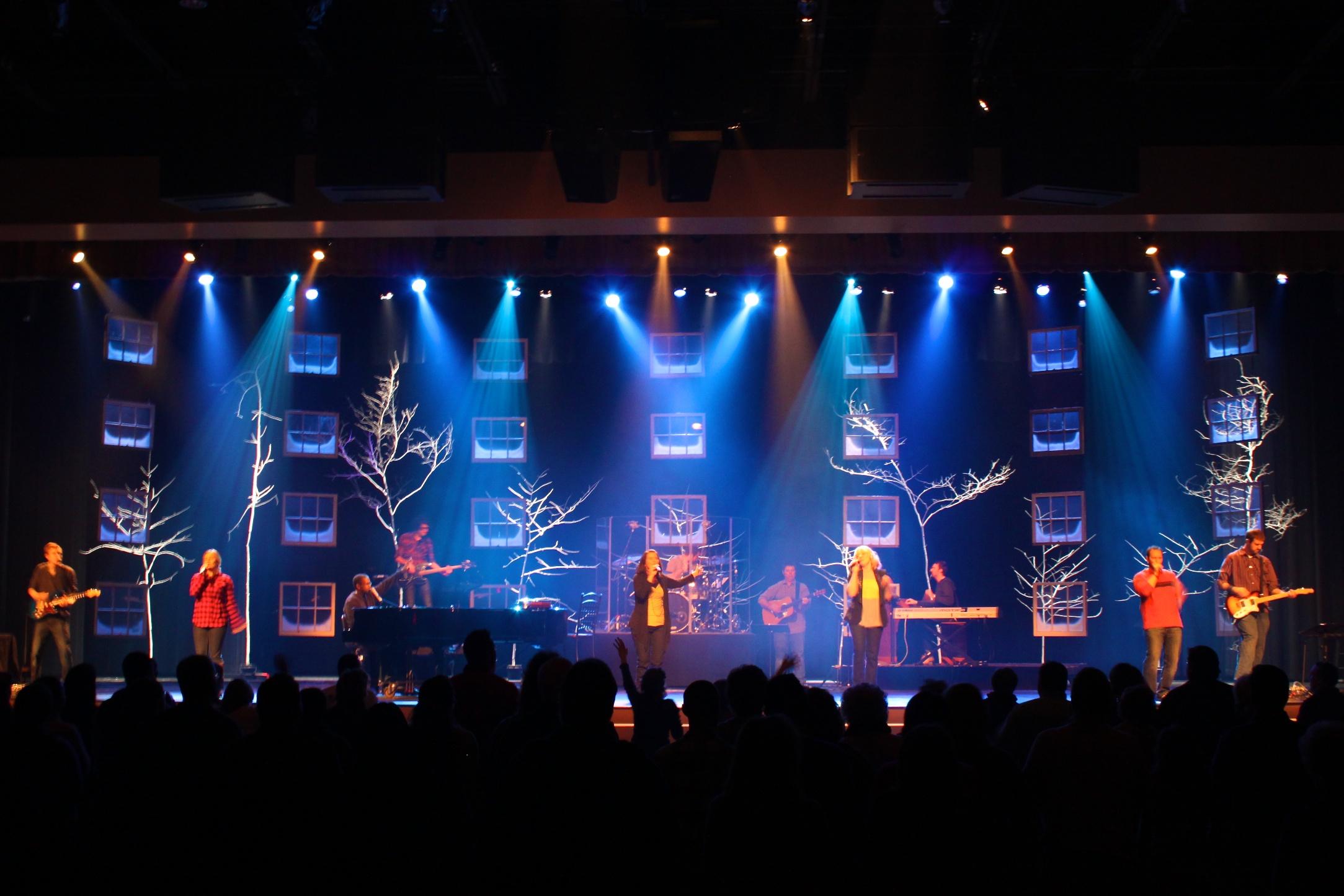 Throwback Frosty Windows Church Stage Design Ideas