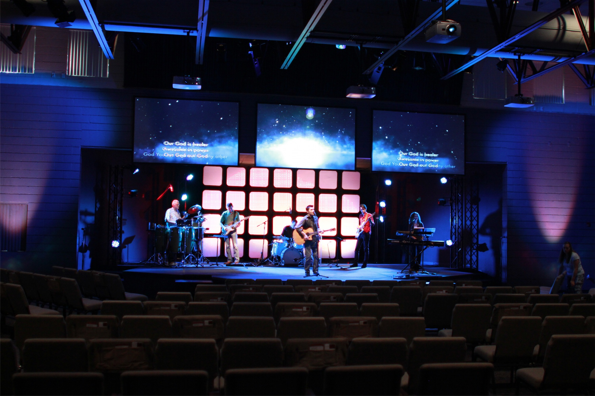 Frosty Forestry Church Stage Design Ideas Mesh Mash Church Stage ...