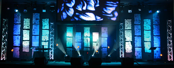 floaters church stage design ideas - Church Stage Design Ideas
