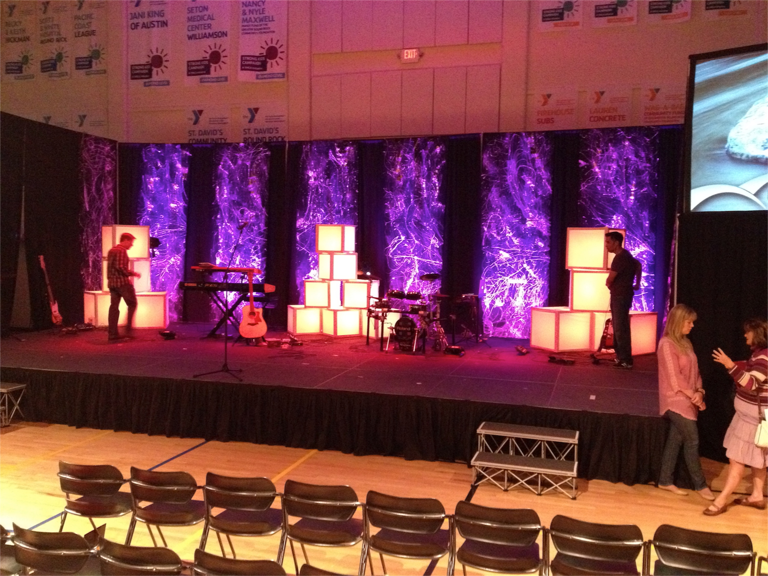 Diffuse the light boxes church stage design ideas for Backdrop decoration for church