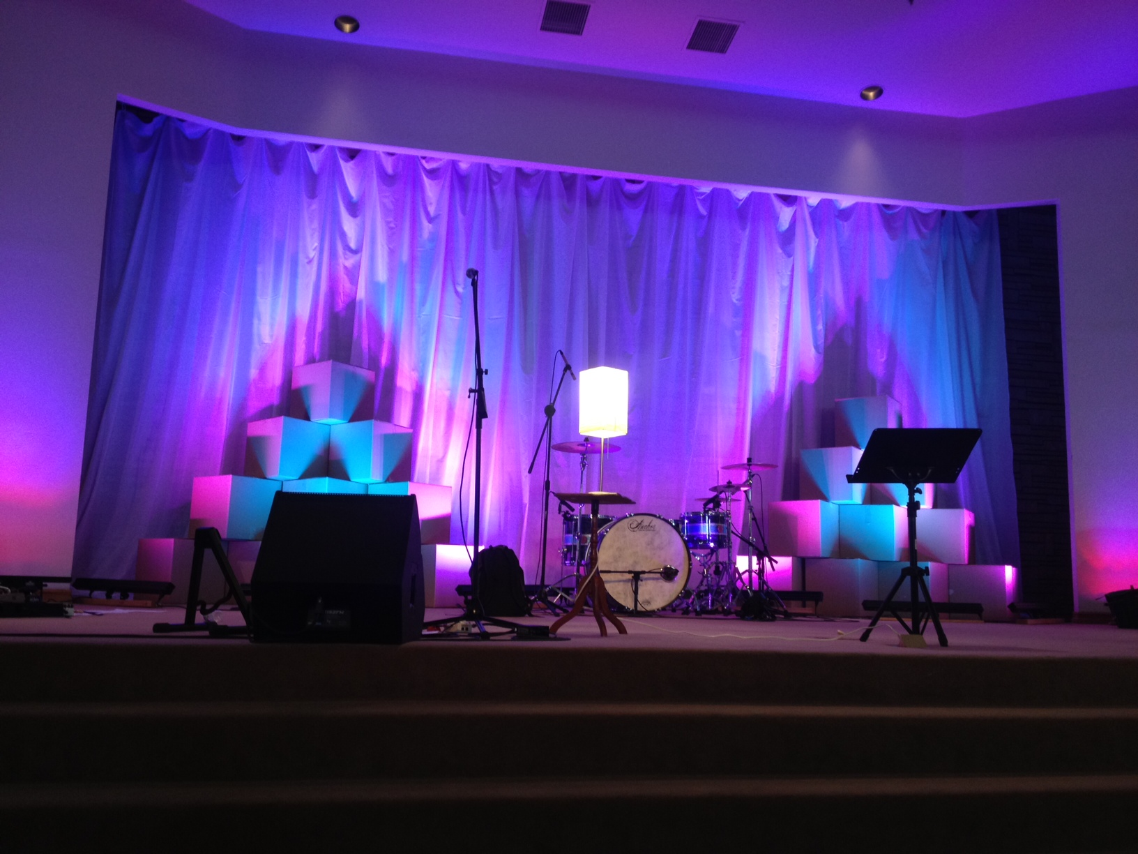 simple church stage design ideas free home design ideas images