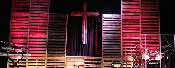 That Old Rustic Cross Church Stage Design Ideas