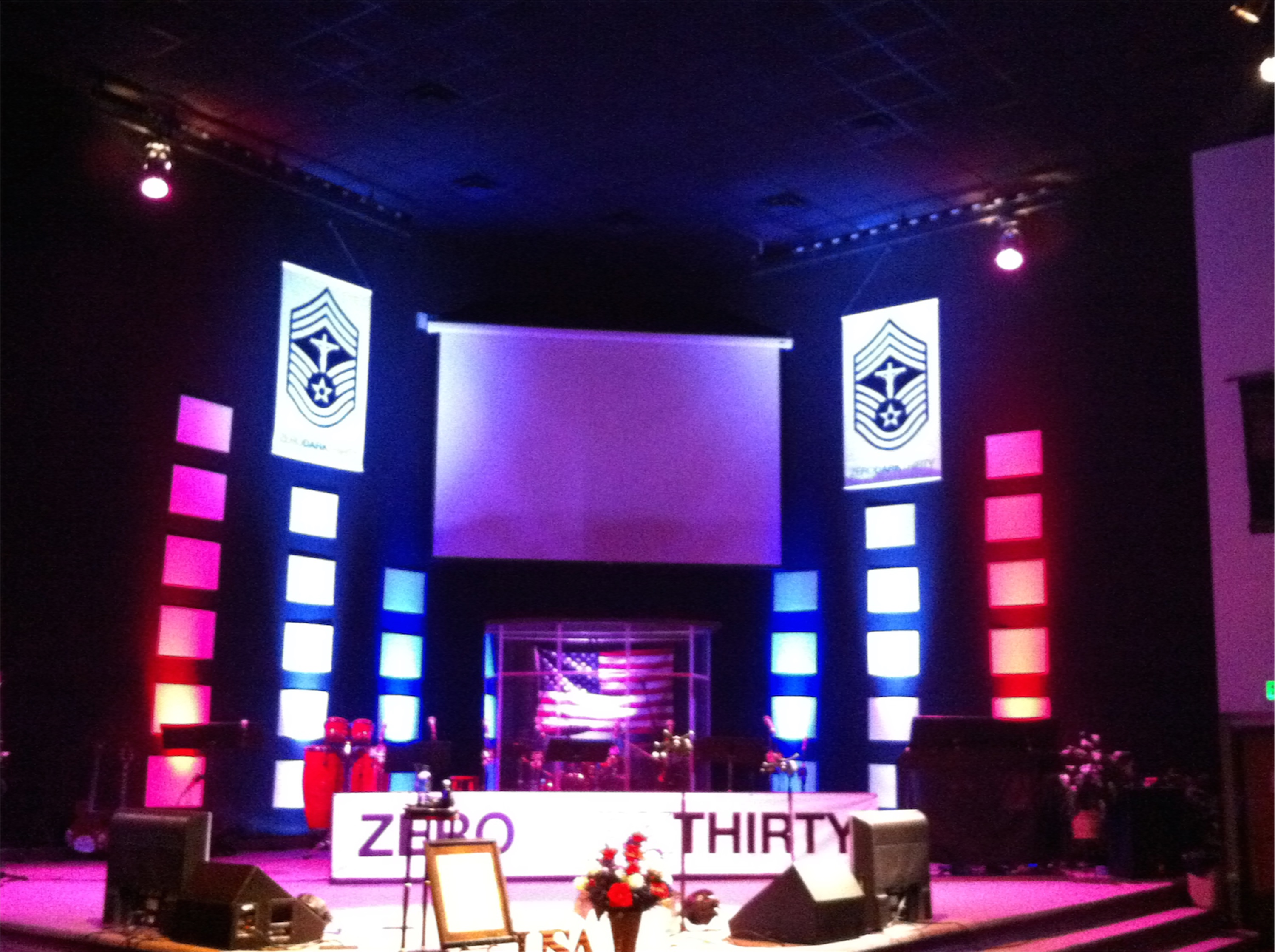 Forward Motion Church Stage Design Ideas Contemporary Small Church ...