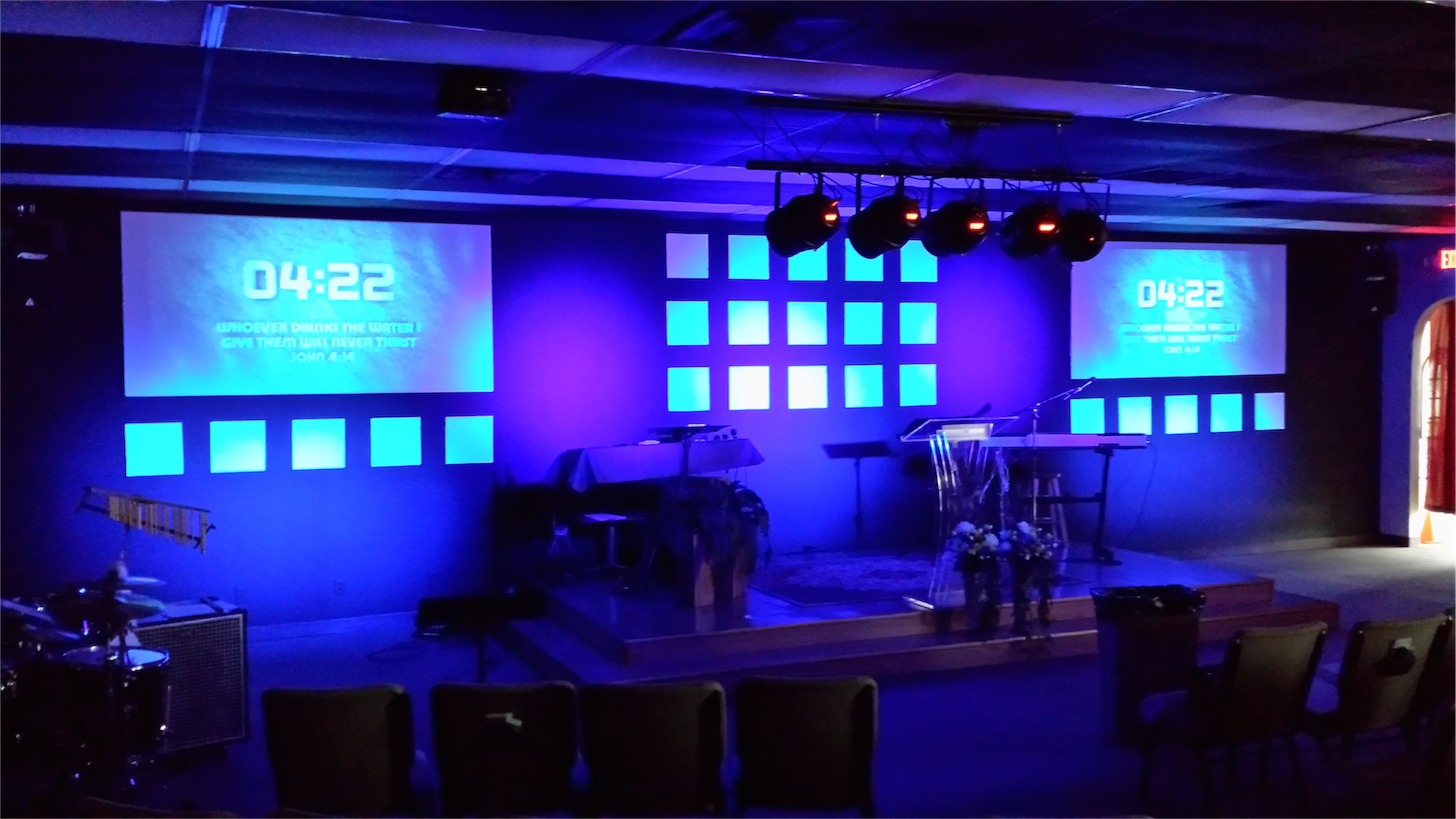 Squares And Screens Church Stage Design Ideas