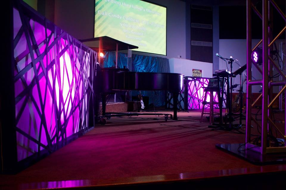 Webbed Boxes Church Stage Design Ideas