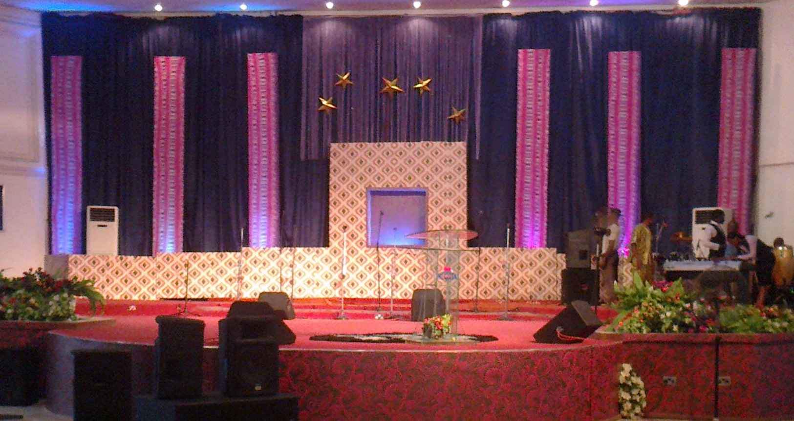 wallpapered stage church stage design ideas