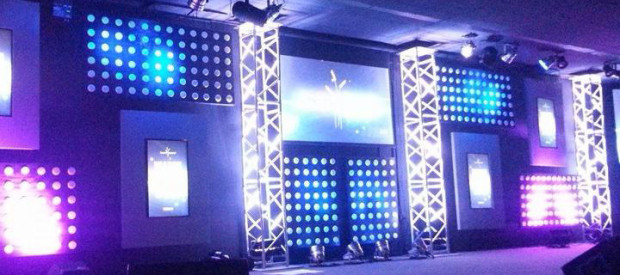 Point-Panels-Stage-Design
