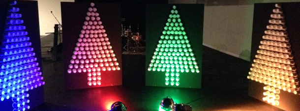 Cup-Trees-Christmas-Stage-Design-Idea