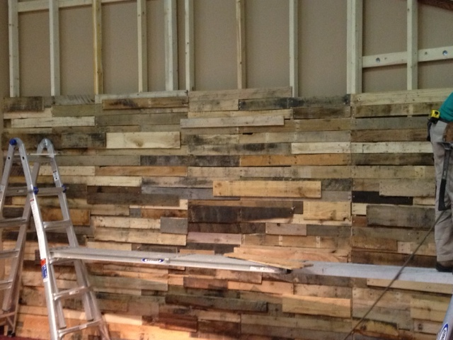 Carpet Fitting Cost >> Form-Fitting Wood Wall | Church Stage Design Ideas