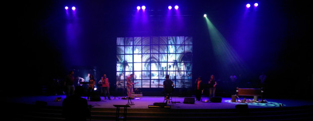 Cathedral-Grid-Stage-Design