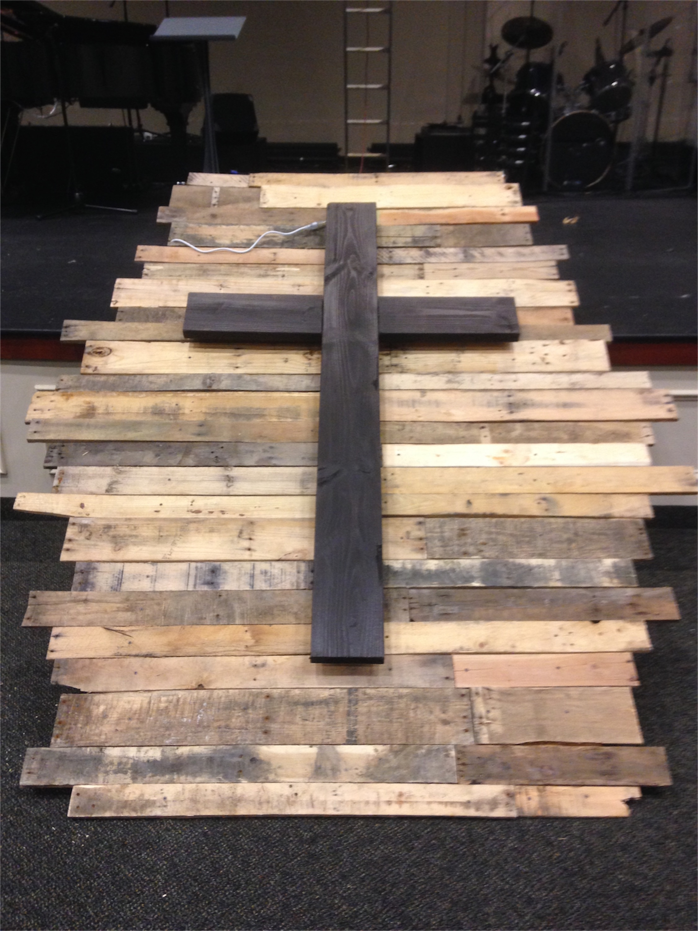 Youth Group Room Designs: Church Stage Design Ideas