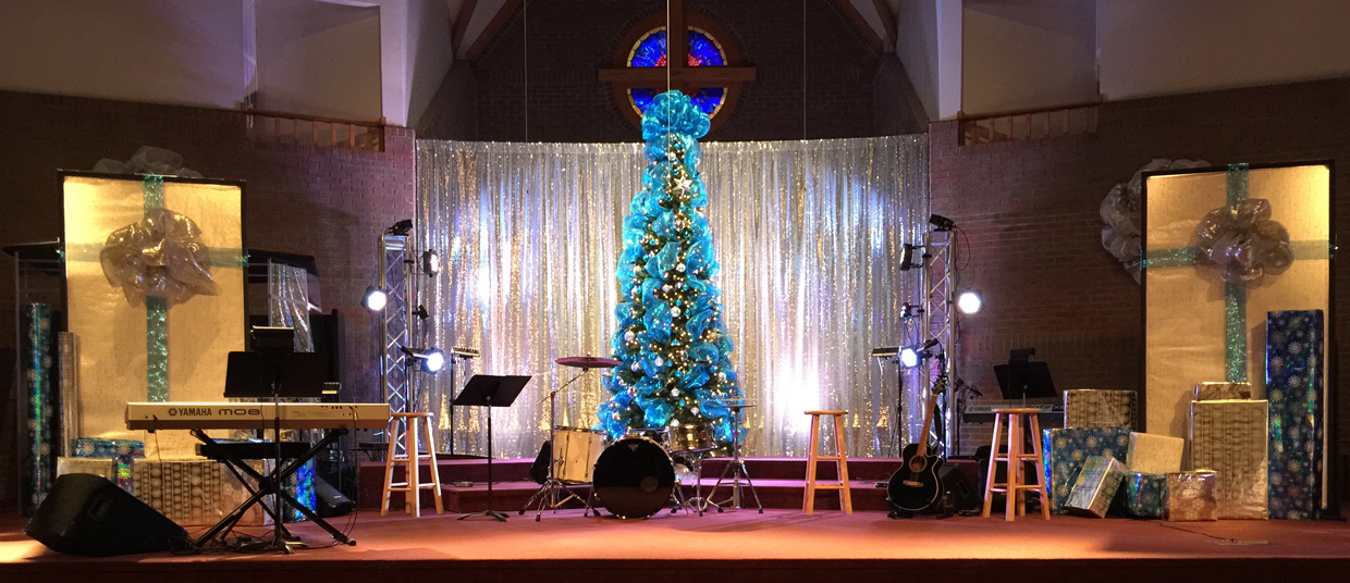 Christmas Decoration In Stage Christmas Lines Church