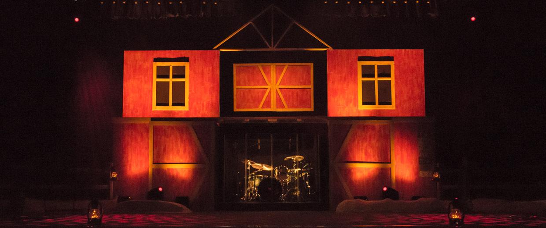 Christmas Barn Church Stage Design Ideas