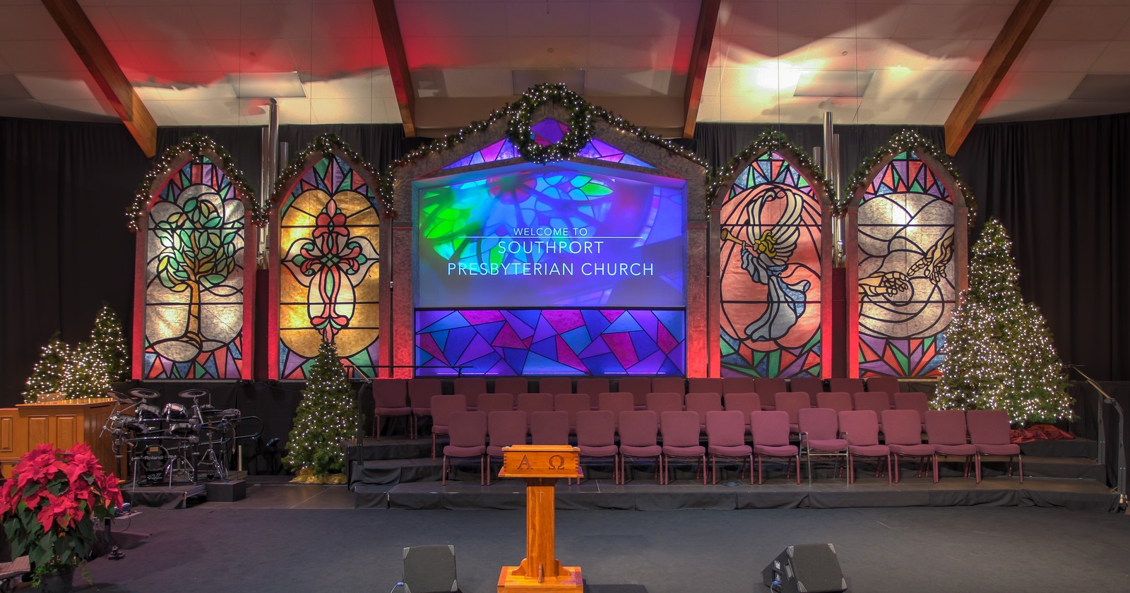 Arched Stained Glass Church Stage Design Ideas