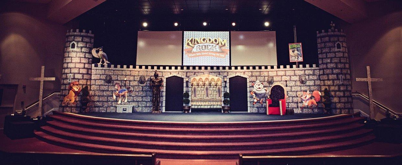 castling church stage design ideas