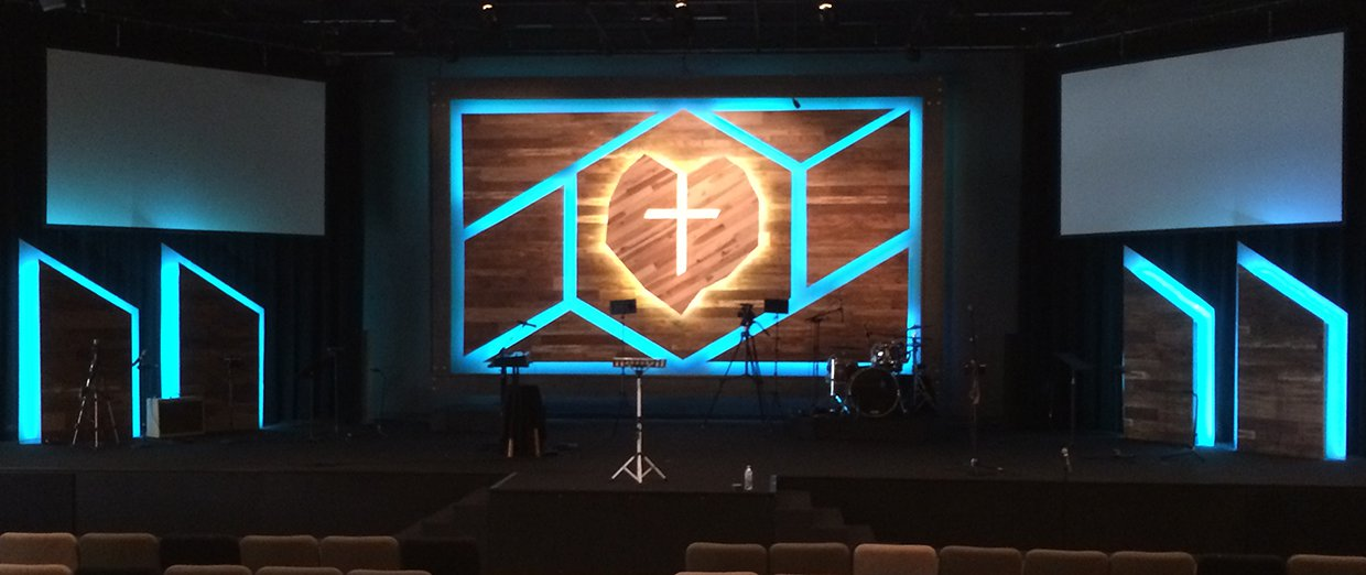 cracked wood church stage design ideas
