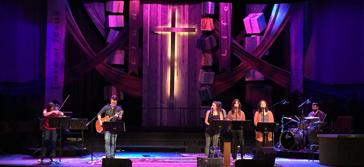 gifted church stage design ideas