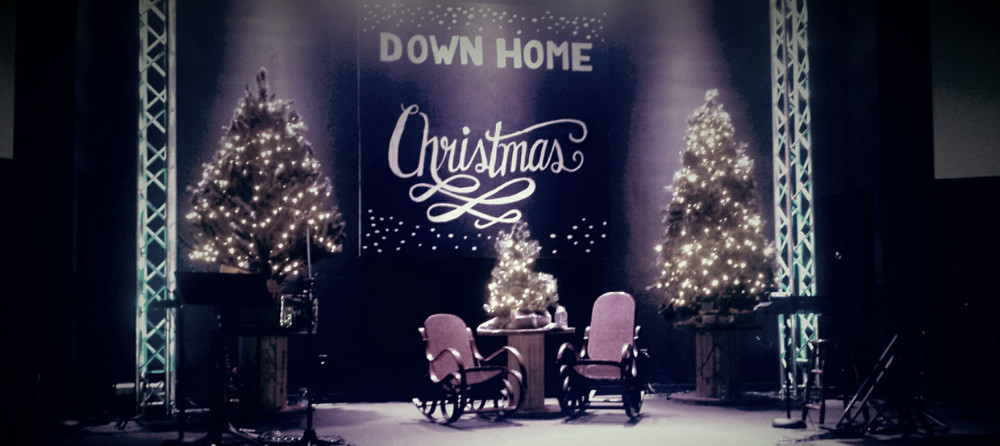 Down Home Christmas Stage Design