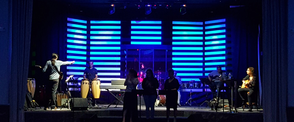 Ply Lines Stage Design