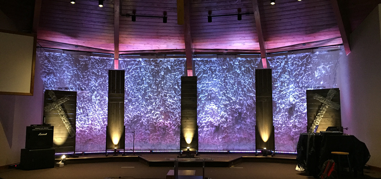 Sprawling Screens Church Stage Design Ideas