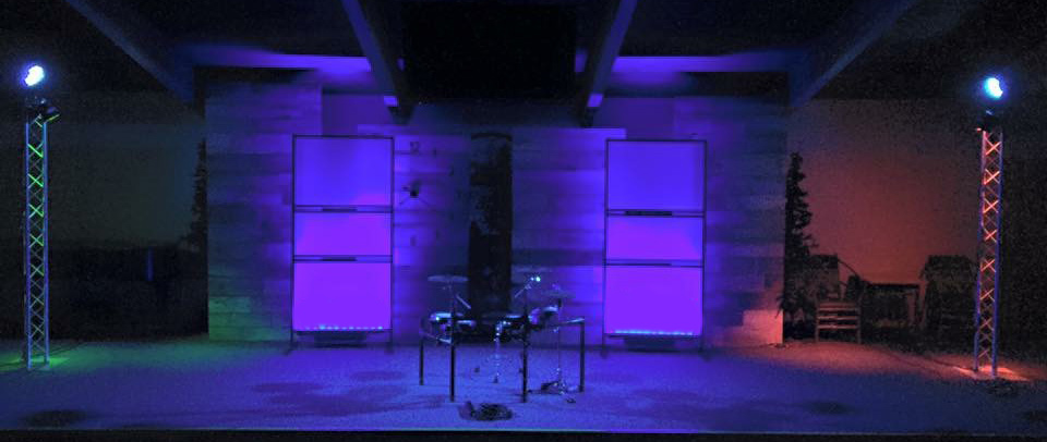 Translucent Stands Stage Design