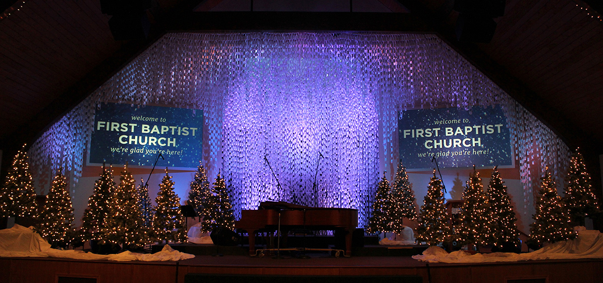 Chained Christmas Church Stage Design Ideas