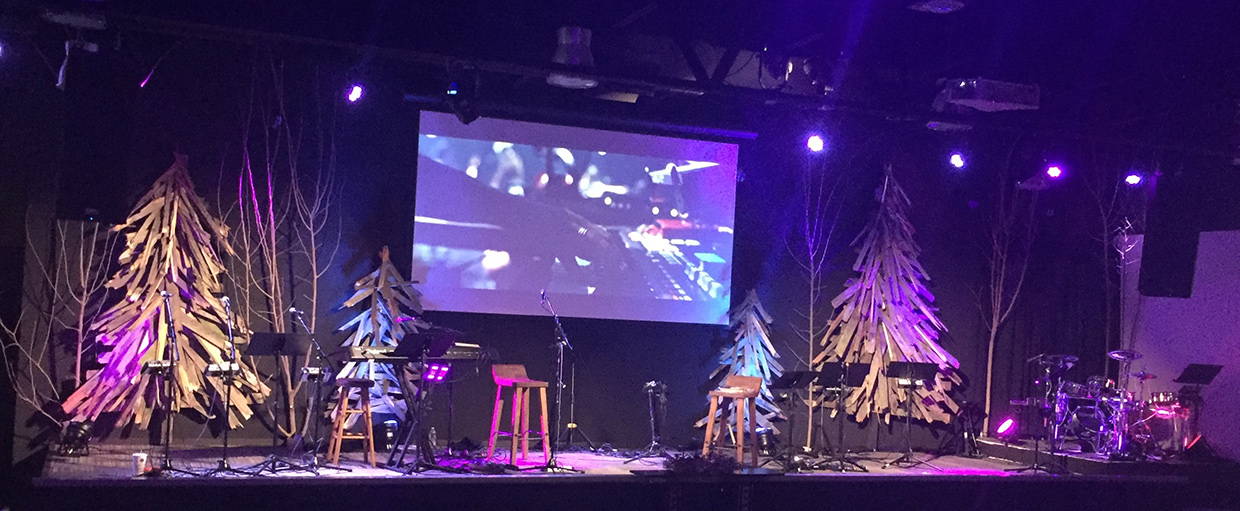 Jagged Christmas Church Stage Design Ideas