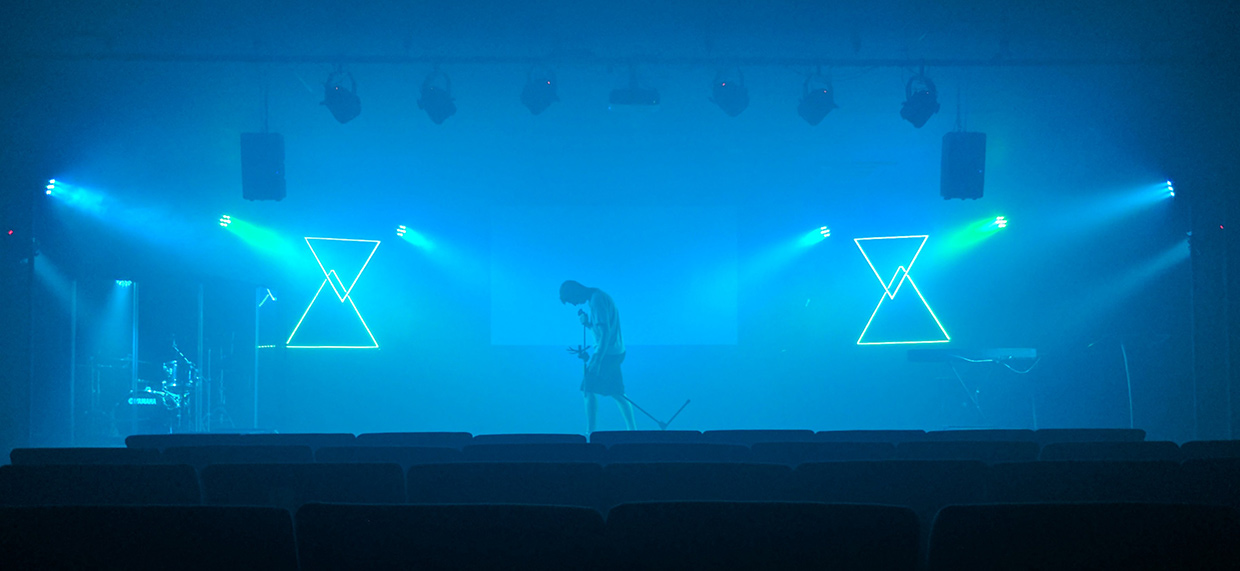 Hanging Led Church Stage Design Ideas