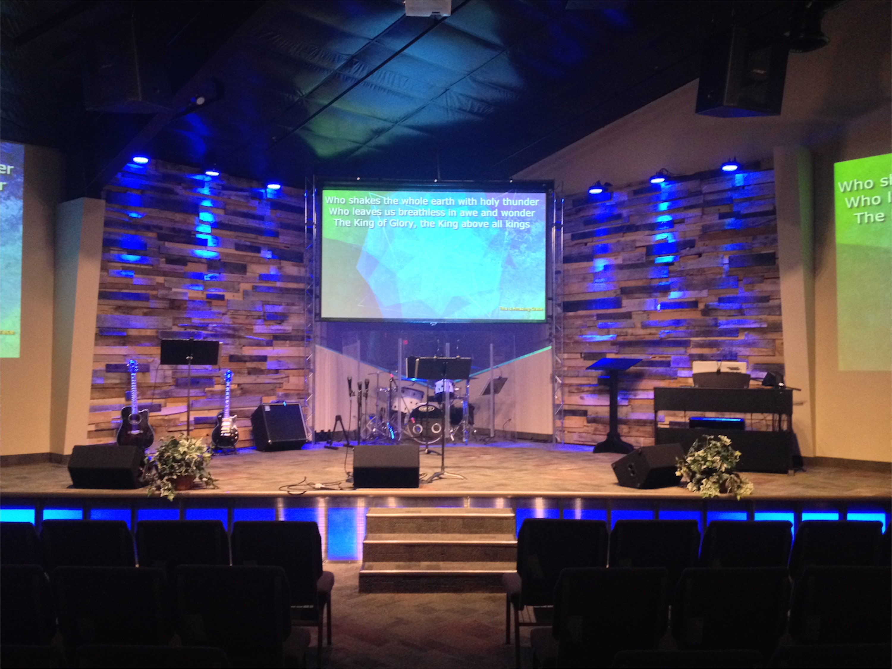 Re Purposed Wood Pallets For Church Worship Stage