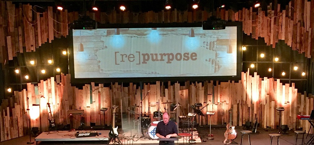 Pallets On A Grid Church Stage Design Ideas