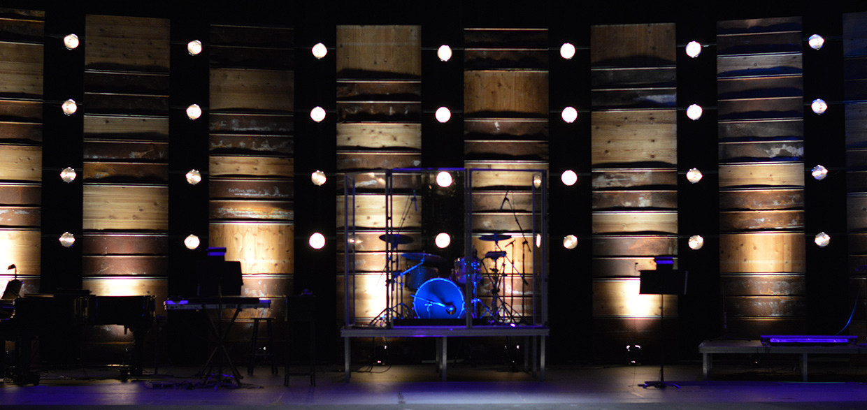 Weathered Church Stage Design Ideas